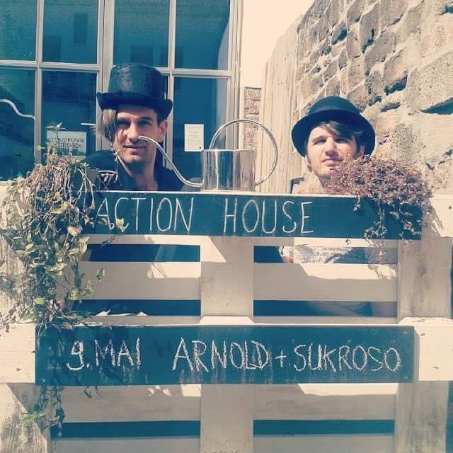 Arnold+Sukroso